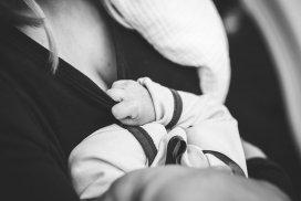Sastojci i uloga majčinog mlijeka