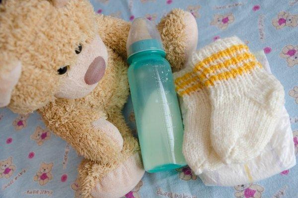 Adaptirani mliječni pripravak i hranjenje na bočicu