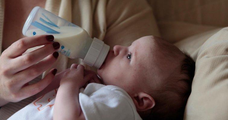 Prebiotici u početnom i prijelaznom dojenačkom mlijeku i hrani za malu djecu