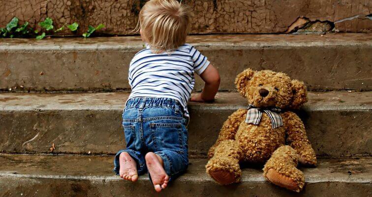 Prohodavanje i prvi djetetovi koraci